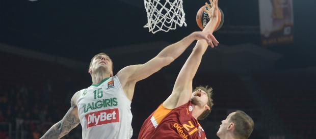 Galatasaray Odeabank 87–79 Zalgiris Kaunas