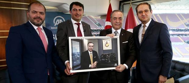 Başkan Mustafa Cengiz, AA Spor Masası'na konuk oldu