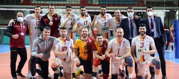 Galatasaray HDI Sigorta 3-0 İnegöl Belediye