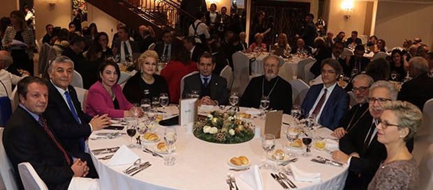Başkan Dursun Özbek Yeni Yıl Yemeği'ne katıldı