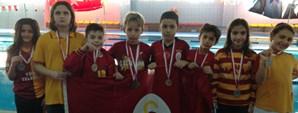 9 - 10 Yaş İstanbul İl Yüzme Şampiyonası Yapıldı