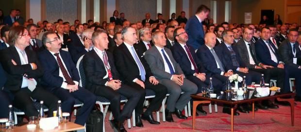 Spor Kulüpleri ve Federasyonları Çalıştayı başladı