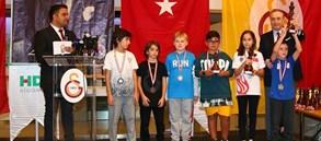 Galatasaray Spor Kulübü HDI Sigorta 10 Kasım Atatürk'ü Anma Satranç Turnuvası ödülleri sahiplerini buldu