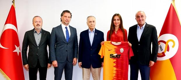 Kulübümüz ile SIXT rent a car arasında sponsorluk anlaşması imzalandı