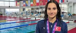 Nehir Öner'den 200m kelebek kategorisinde bronz madalya