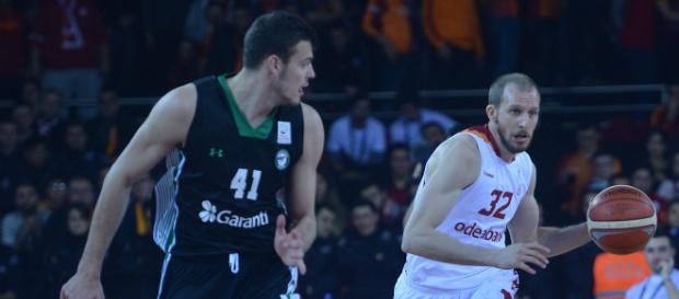 Yarı Finaldeyiz! Galatasaray Odeabank 77–71 Darüşşafaka Doğuş