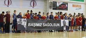 Yakın Doğu Üniversitesi BGD 68–69 Galatasaray
