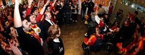 Şampiyonlar İstanbul'a Döndü