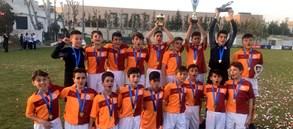 U13 Takımımız Yunanistan'da gol yemeden şampiyon