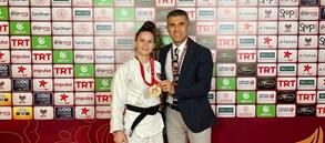 Gül Kader Şentürk'ten bronz madalya