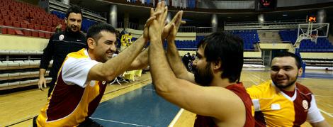 Maça Doğru: Galatasaray - Antalya BŞB.