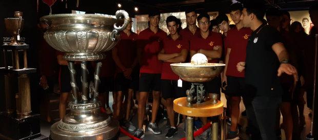 Kürekçilerimiz Galatasaray Stadyum Müzesi'ni ziyaret etti