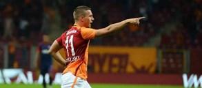 Lukas Podolski Kariyerindeki 200. Gole Doğru