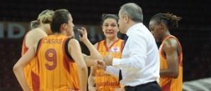 Maça Doğru: Galatasaray Odeabank - Osmaniye Gençlik
