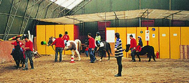 Nevzat Özgörkey Binicilik Tesisleri sporseverleri bekliyor