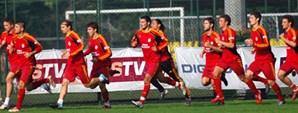 Galatasaraylı Futbolcular Derbiyi GSTV'ye Yorumladı