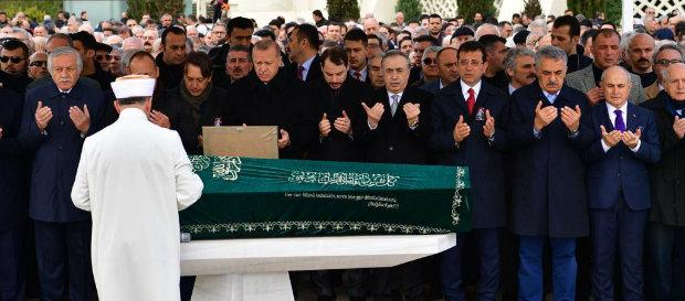 Atalay Şahinoğlu son yolculuğuna uğurlandı