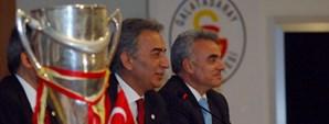 Adnan Polat Galatasaray Üniversitesi'ni Ziyaret Etti