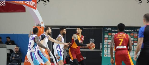 Afyon Belediyespor 69 - 77 Galatasaray Doğa Sigorta