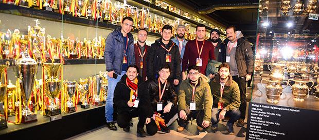 Galatasaray Stadyum Müzesi taraftarla buluştu