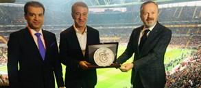Trabzonspor maçı öncesi dostluk yemeği
