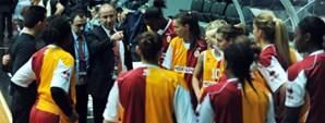 Maça Doğru: Galatasaray Medical Park - İstanbul Üniversitesi