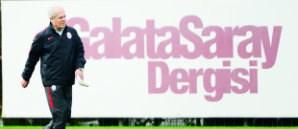 Mustafa Denizli: Galatasaray'ın Genlerinde Pes Etmek Yok