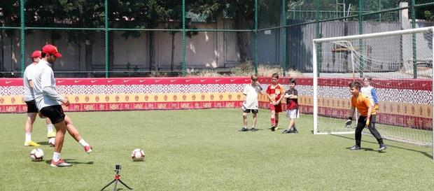 Galatasaray Futbol Akademisi geleceğin kalecilerini seçiyor