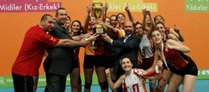 Galatasaray Yıldız Kız Takımımız Şampiyon