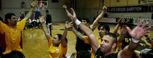 Beşiktaş 59 - Galatasaray 83