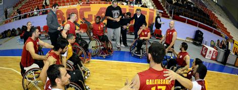 Maça Doğru: Galatasaray - Beşiktaş RMK Marine
