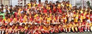Maltepe Galatasaray Futbol Okulu'nda Sertifika Töreni