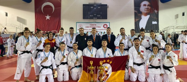 Galatasaray Women and Men Judo unbeaten champions in Turkish Super League