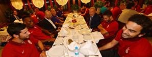 Başkan Ünal Aysal Futbol Takımımız ile Yemekte Bir Araya Geldi