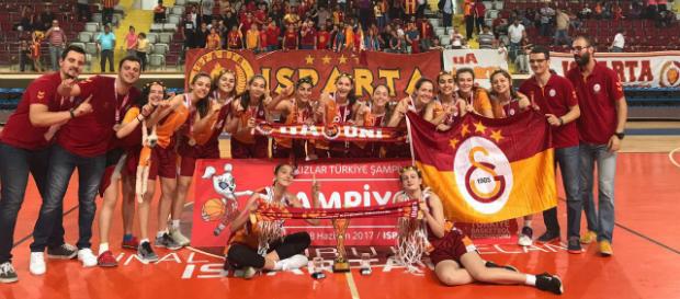 U14 Kızlar Türkiye Şampiyonası'nda şampiyon Galatasaray