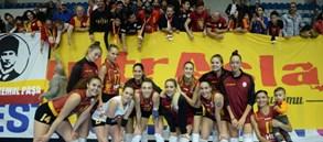 Galatasaray HDI Sigorta 3-0 Beylikdüzü Voleybol İhtisas