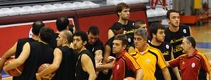 Maça Doğru: Galatasaray CC - Türk Telekom