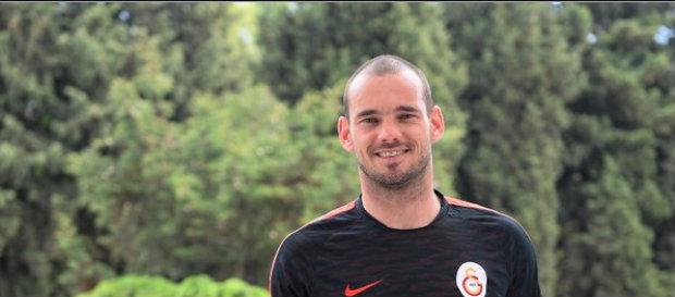 Wesley Sneijder: Dört Ayrı Ülkede Derbi Tecrübesi