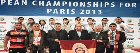 Galatasaray Avrupa Üçüncüsü