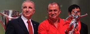 Başkan Ünal Aysal Fatih Terim'e Efsane Ödülünü Verdi
