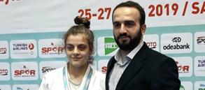 Ayten Mediha Yeksan 63 kiloda şampiyon