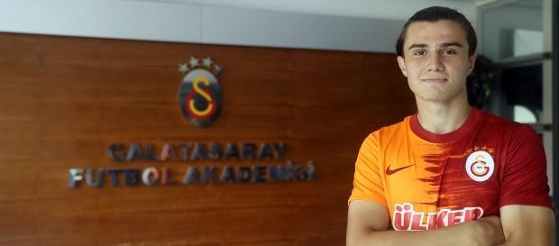 Sarper Çağlar ile 3 yıllık yeni sözleşme imzalandı