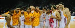 Galatasaray Cafe Crown 100 - Bornova Belediye 67