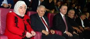 TBMM Başkanı Binali Yıldırım Kasımpaşa maçını izledi
