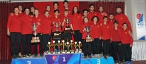 Yelken Türkiye Şampiyonası'nda 8 kupa, 4 trofe