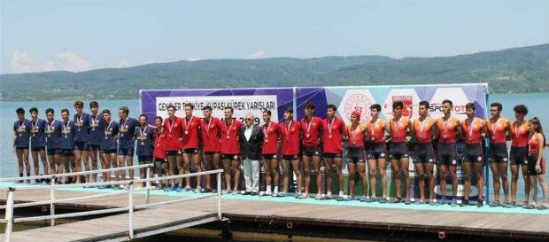 Gençler Türkiye Kürek Yarışları tamamlandı