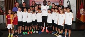 Bafetimbi Gomis U12 Takımımız'la bir araya geldi