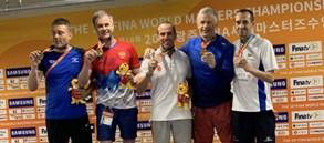 Master yüzücümüz Osman Zengin'den bronz madalya