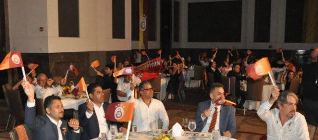 Şampiyonluk coşkusu Adana'da yaşandı