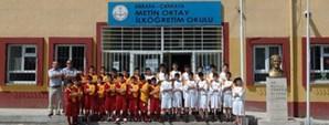 Metin Oktay İlköğretim Okulu'na Malzeme Yardımı